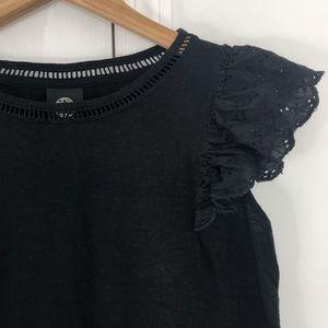 Nordstrom's Bobeau black ruffle sleeve top SML